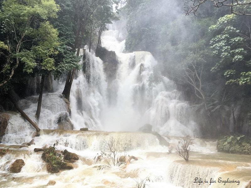 l-i-f-e-luang-prabang-laos-kuangsi-waterfall2