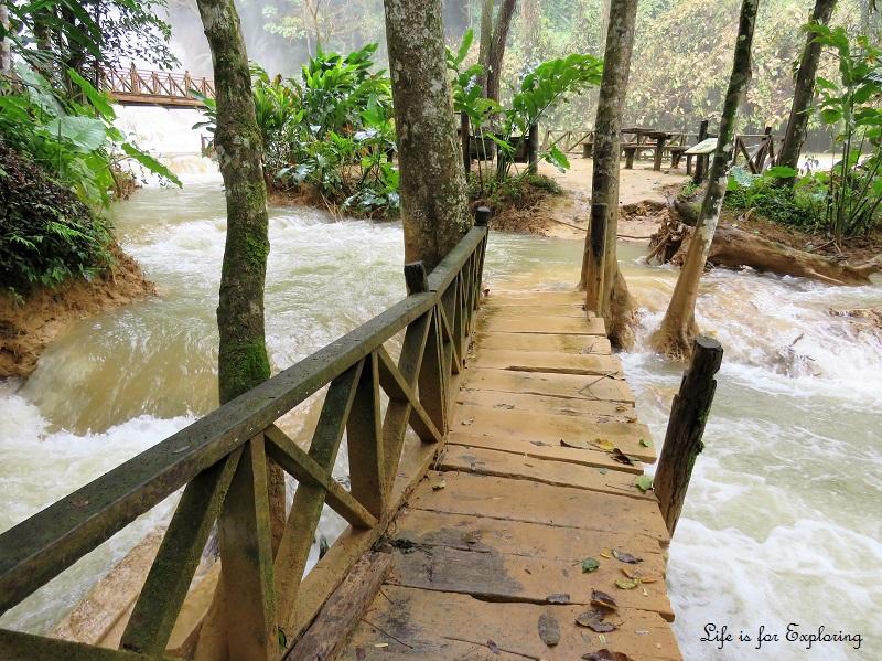 l-i-f-e-luang-prabang-laos-kuangsi-waterfall5