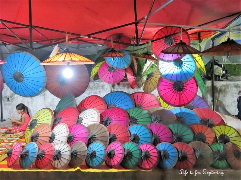 l-i-f-e-luang-prabang-night-market-3
