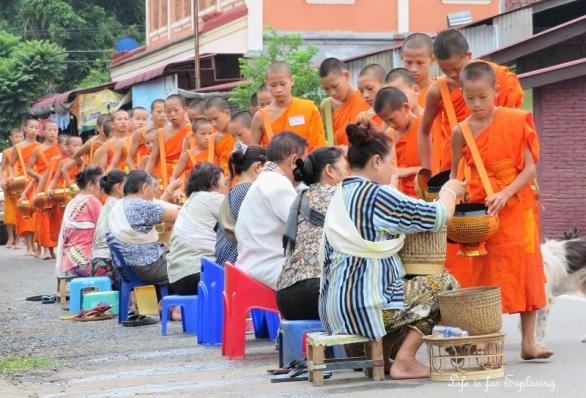 l-if-e-luang-prabang-alms-monks-laos-3
